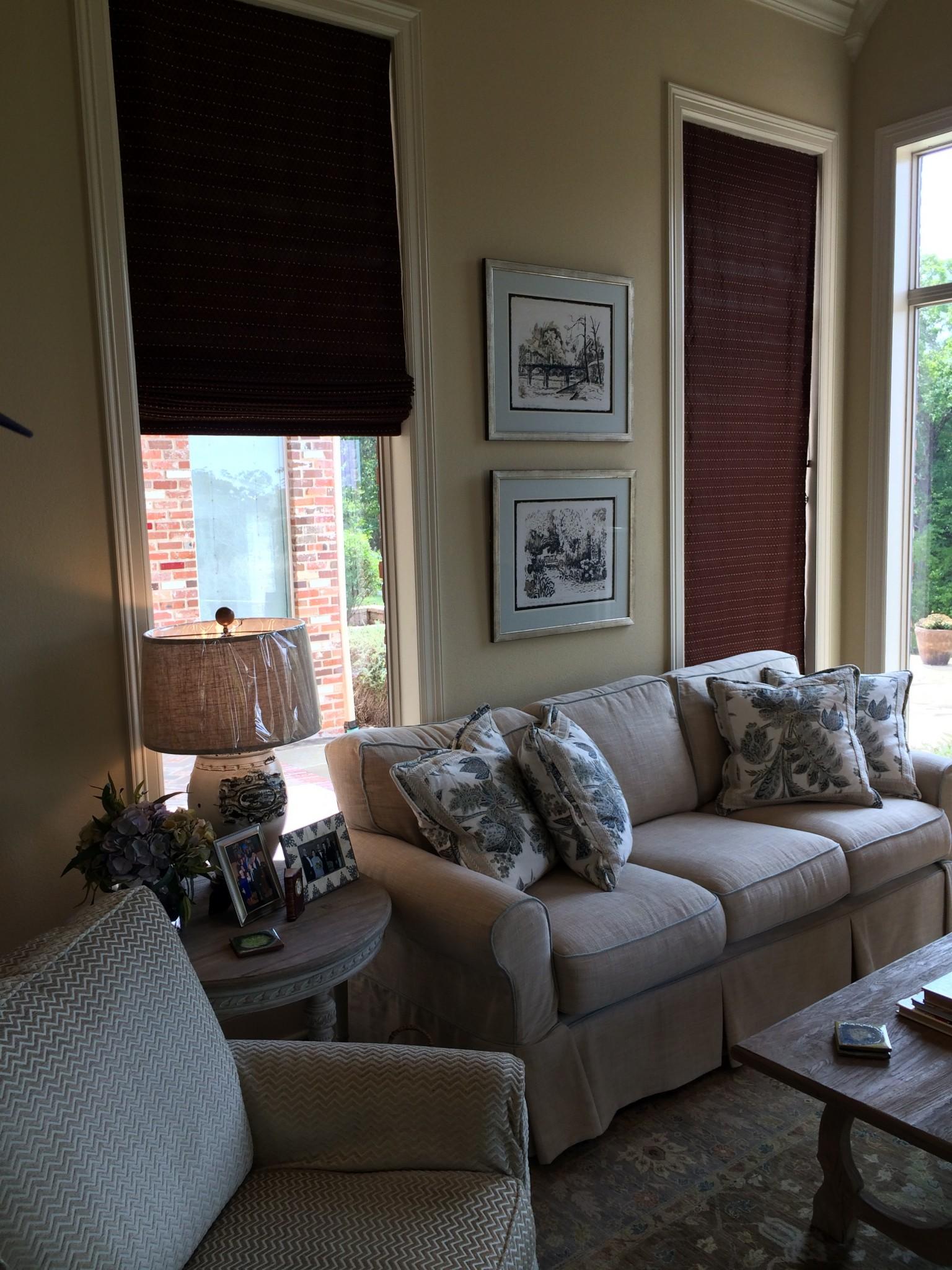 simple-living-room-decor - Palmer Davis Design, LLC